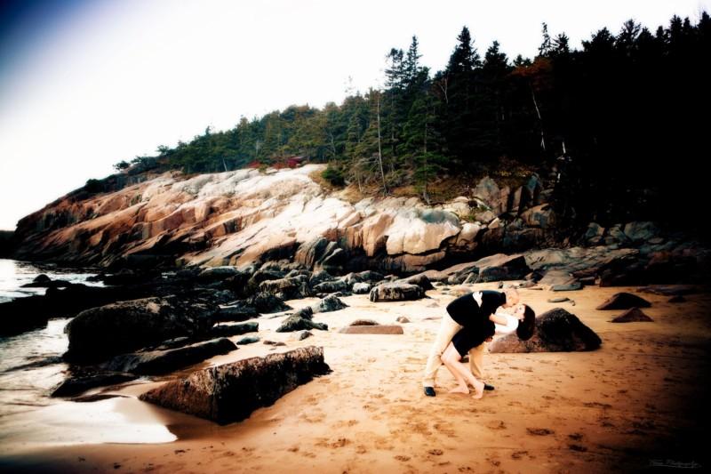 Maine engagement photoshoot on Mt. Desert Island outside Bar Harbor
