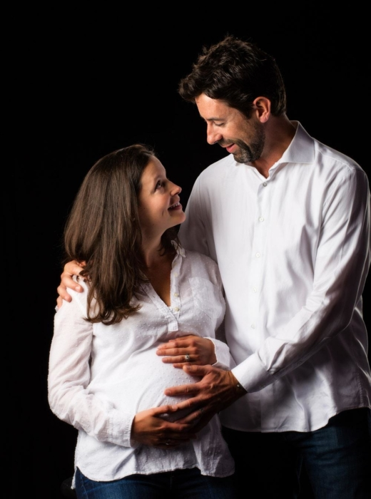 top images from this couple's maternity photoshoot