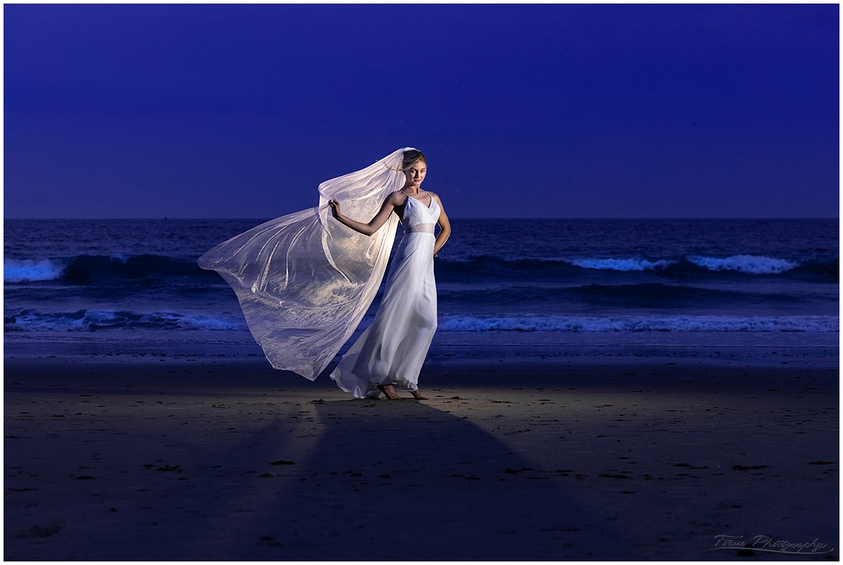 Rock the wedding dress photo shoot at the beach in Maine