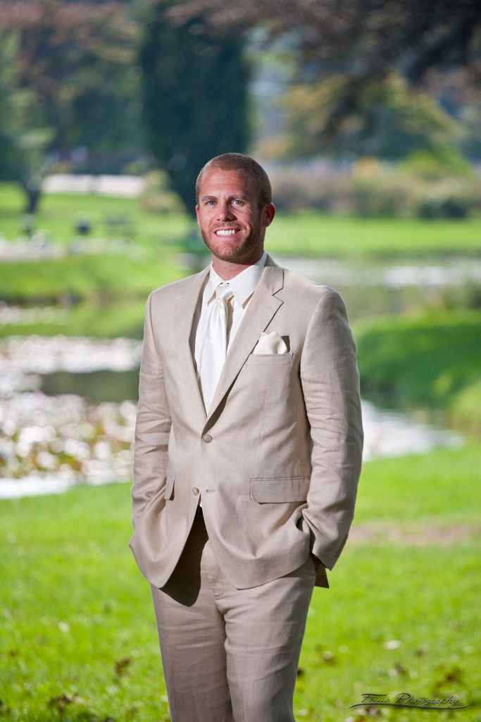 Groom in Linen Suit