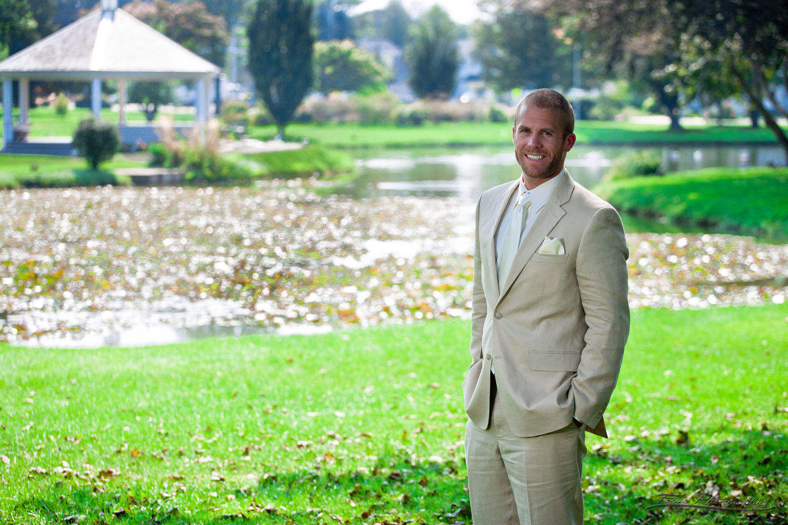Groom in Millcreek Park in South Portland Maine