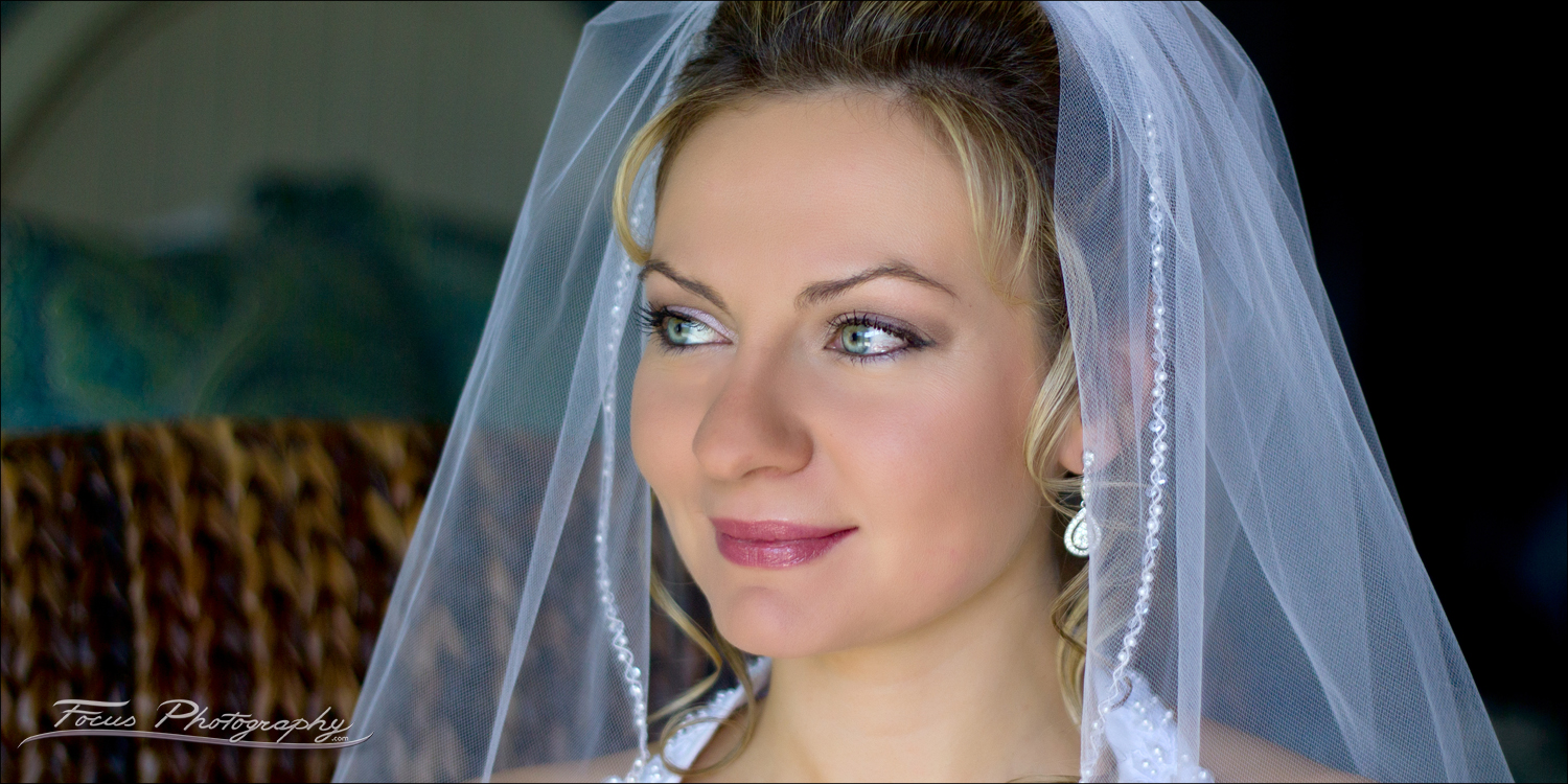wedding photography of bride at maine wedding