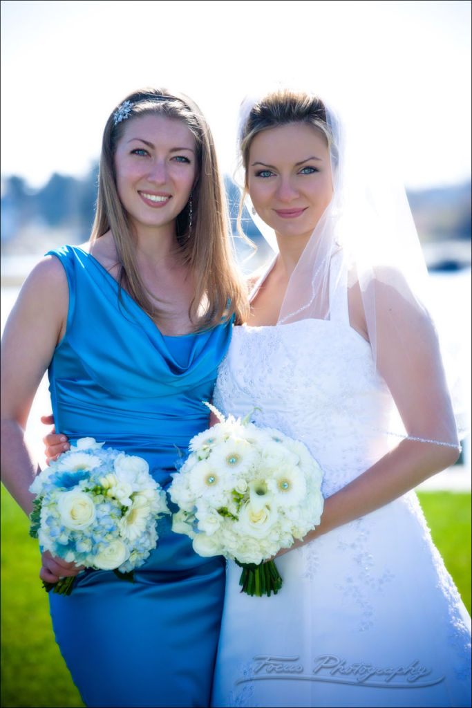 kennebunkport maine wedding photography of bride and maid of honor