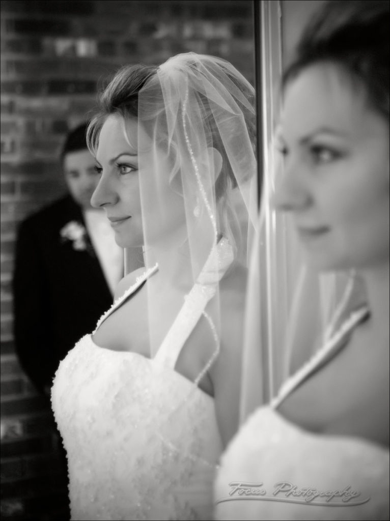 bridal portrait in mirror at Nonantum resort