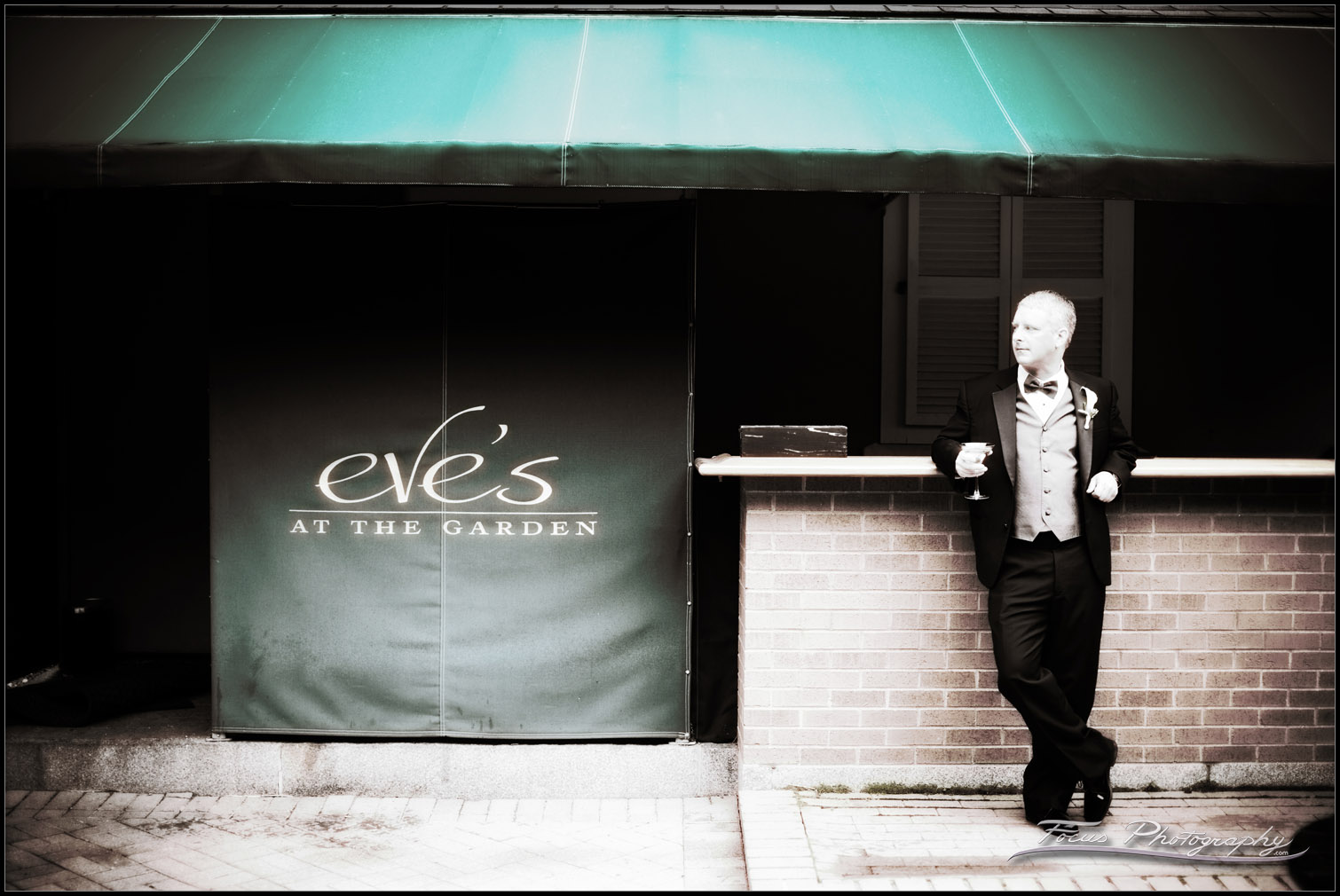 Mike outside of Eve's - the restaurant at the Portland Harbor Hotel