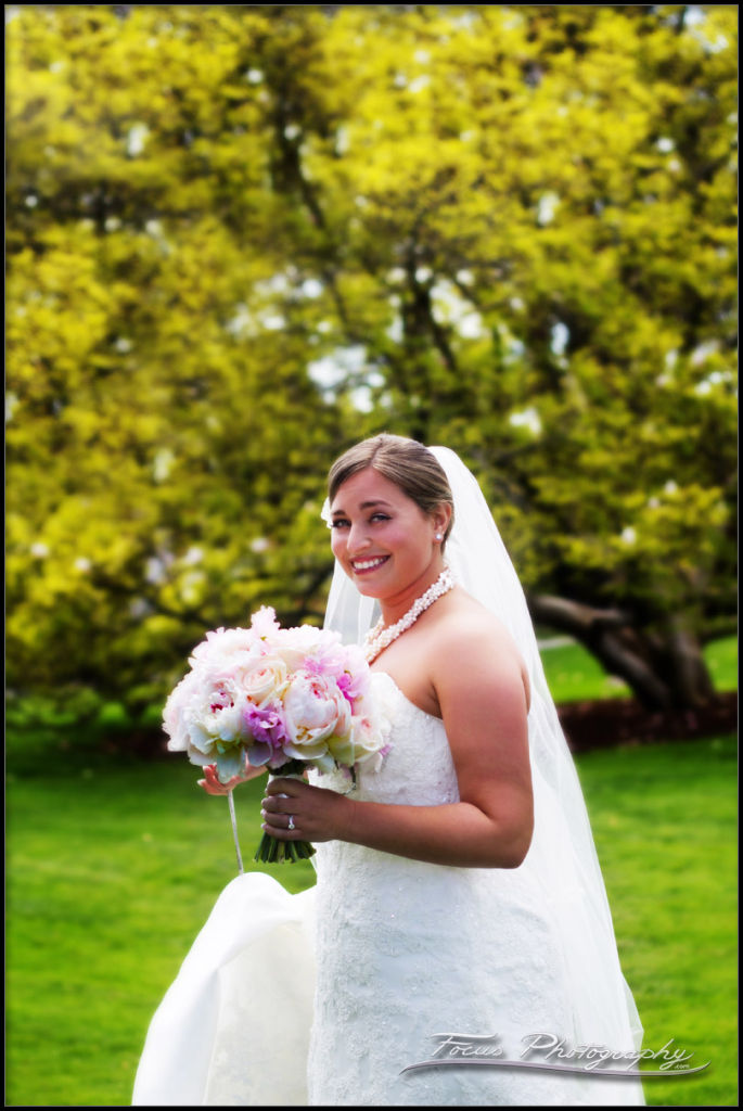 bride and wedding flowers at Wenthworth by the sea