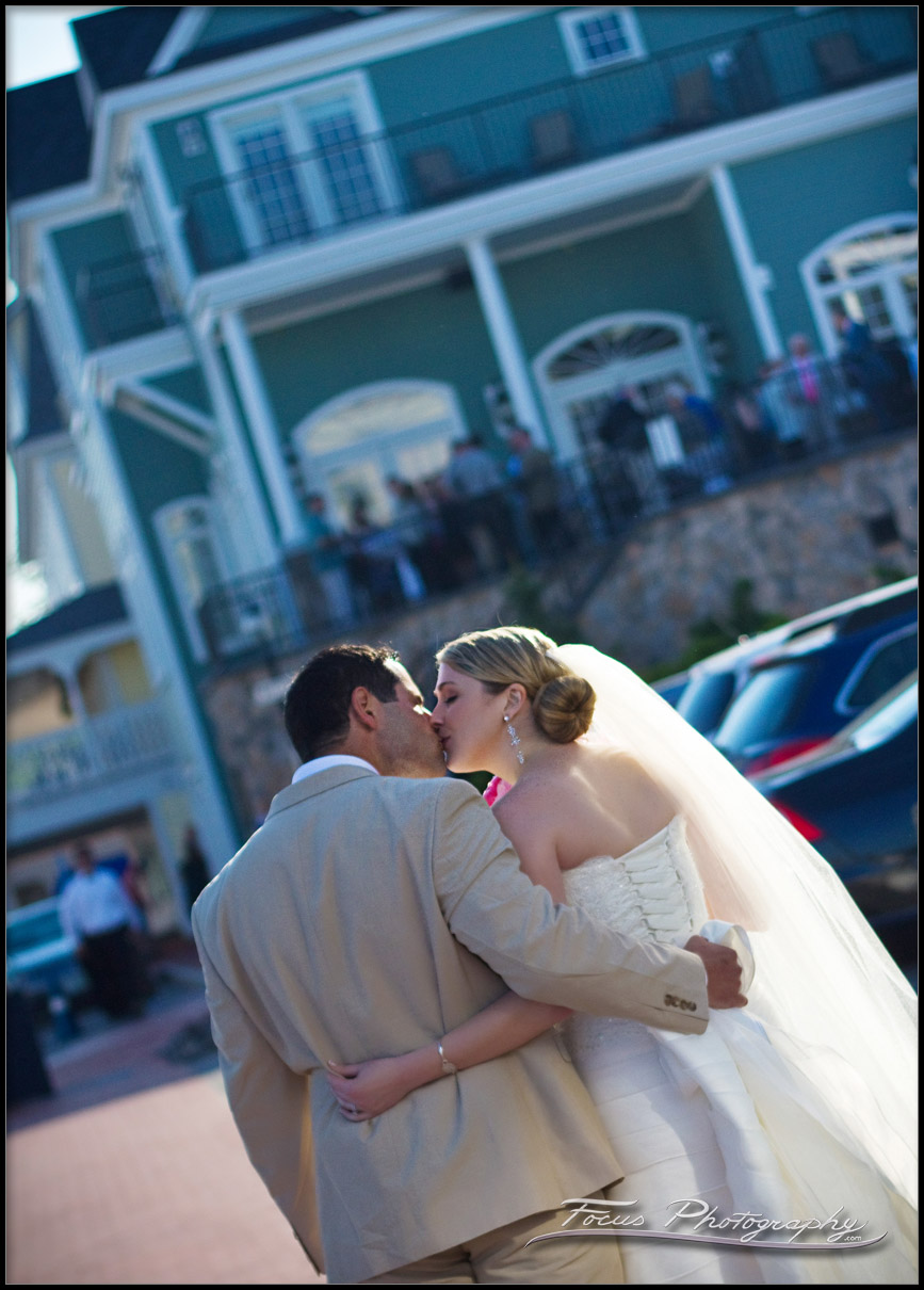 bride and groom kiss at the Union Bluff Meeting House in York, Maine