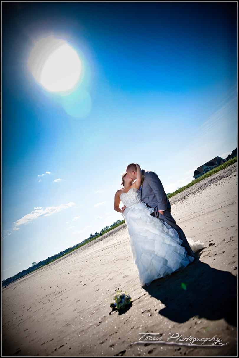 wedding photography at the beach in Maine