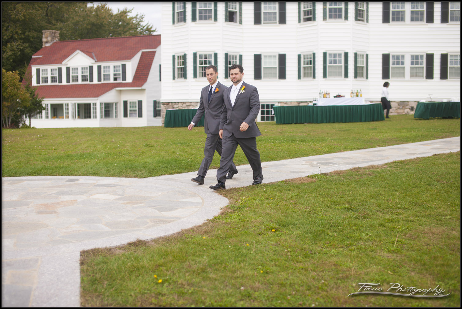 Groom walks into ceremony in Kennebunkport, Maine