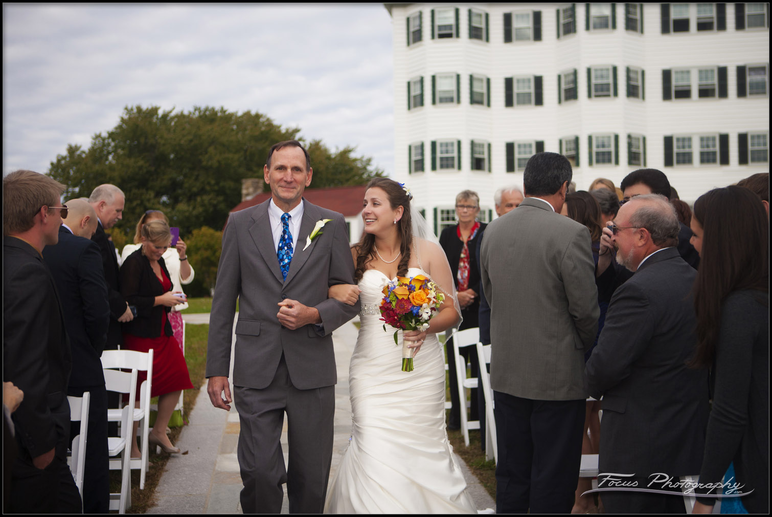 Wedding ceremony pictures from the Colony Hotel in Kennebunkport, Maine