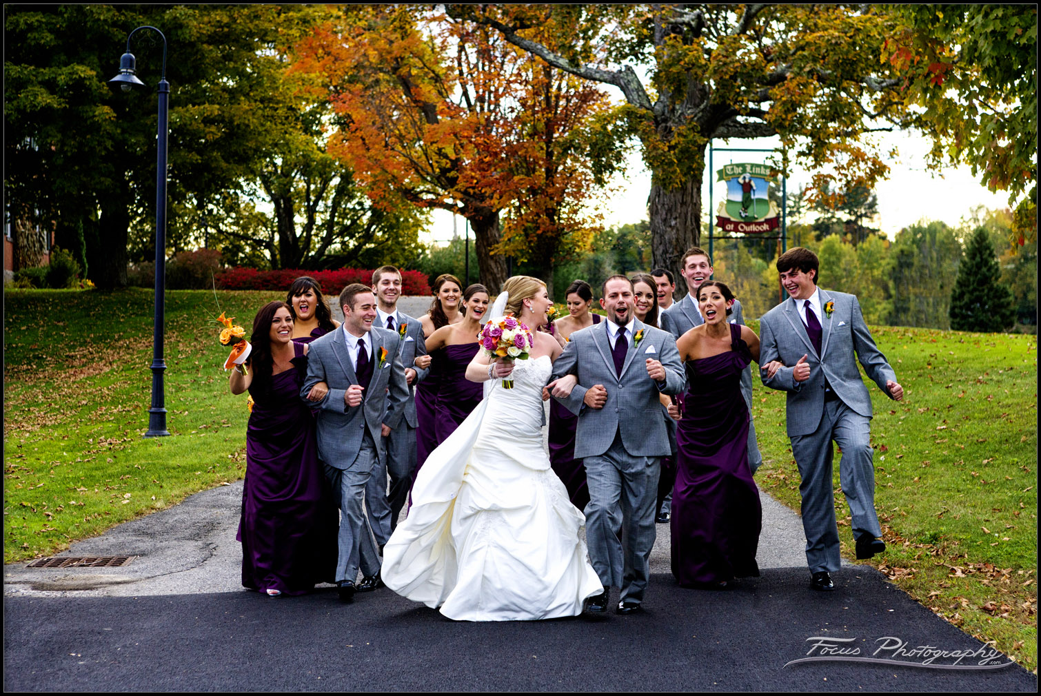 wedding party pictures at Red Barn wedding
