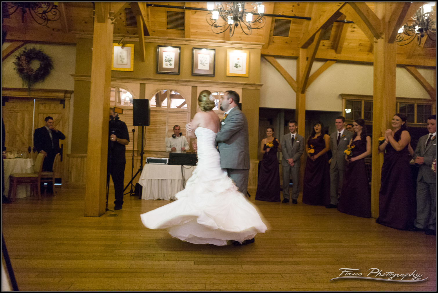 Red Barn At Outlook Farm Wedding Photography