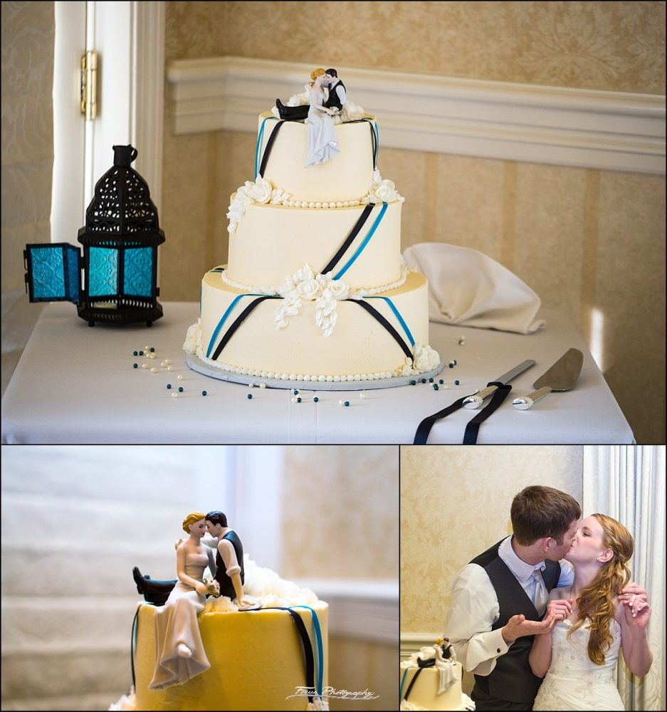 cake pictures at Stage Neck Inn wedding in York Maine