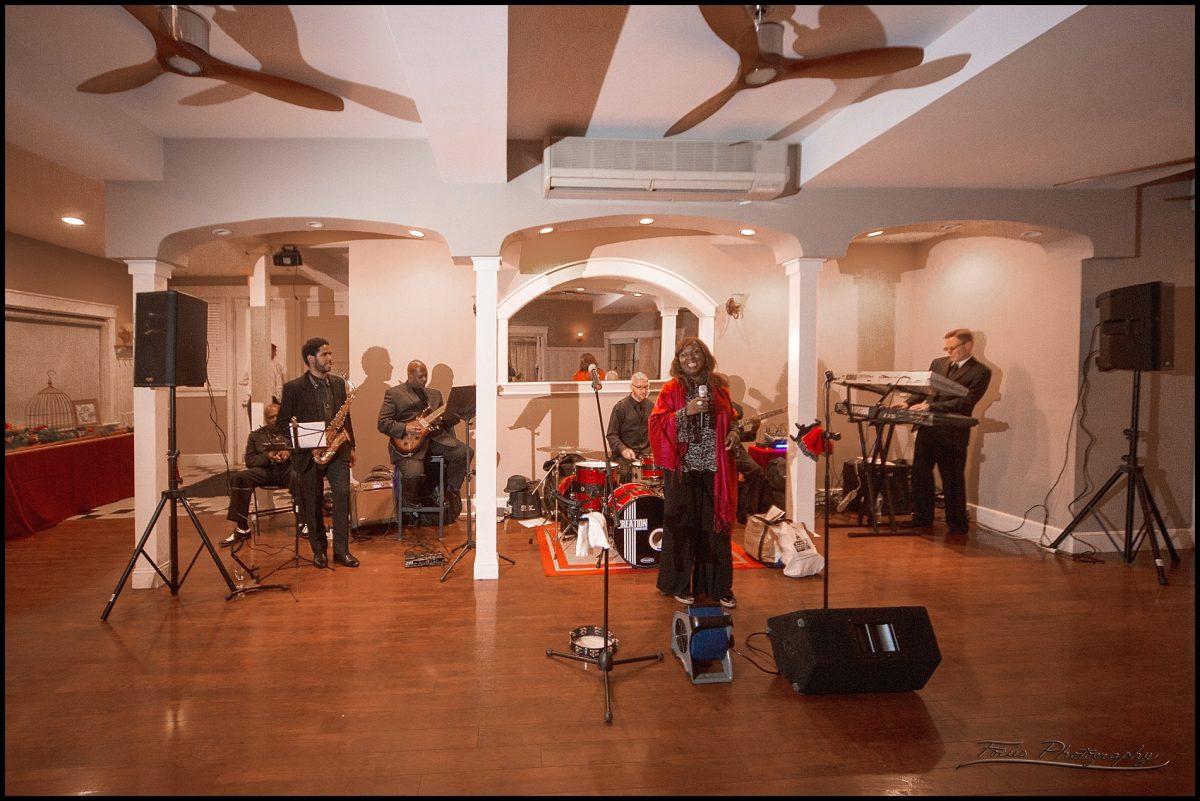 Athene Wilson band at Inn on Peaks wedding