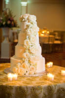 left cake