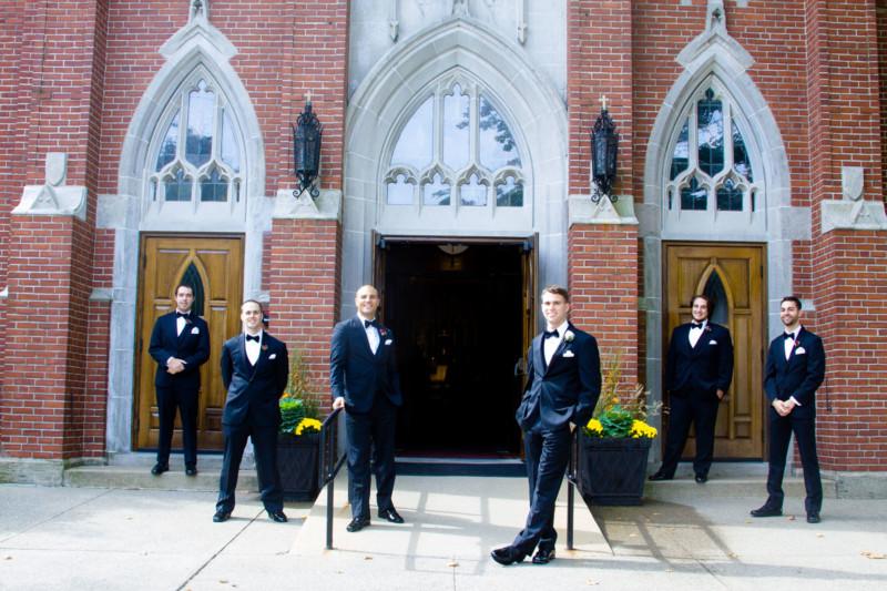 201-wedding-photos-groomsmen