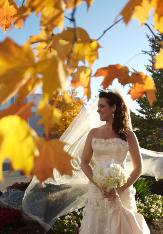 226-brides-by-wedding-photographerss