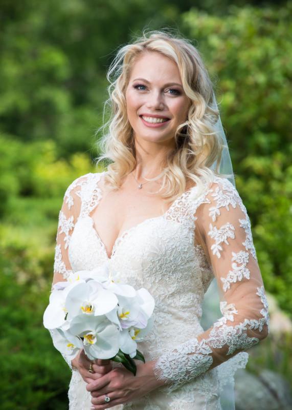 228-brides-by-wedding-photographerss