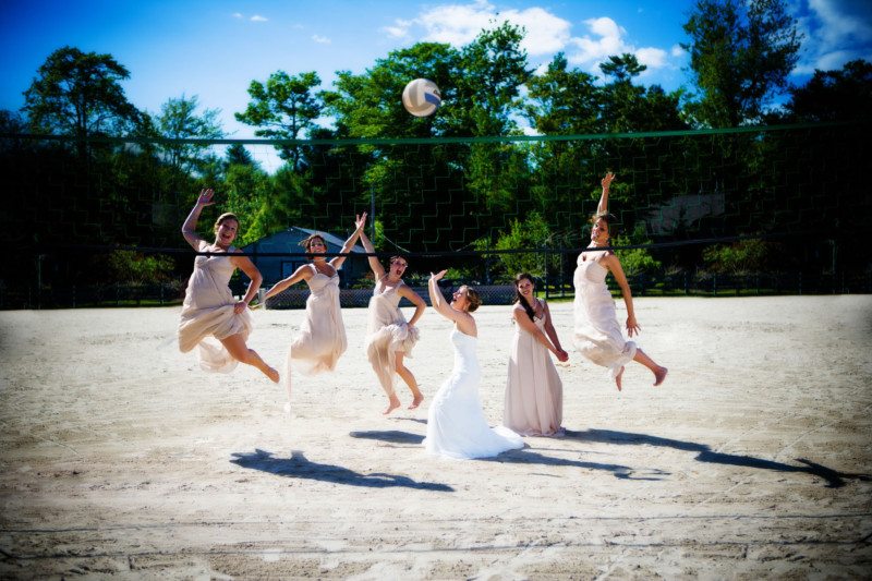 These are some very enthusiastic bridesmaids.