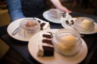 800 cakes desserts