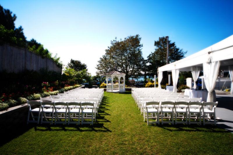 Inn on peaks island wedding ceremony