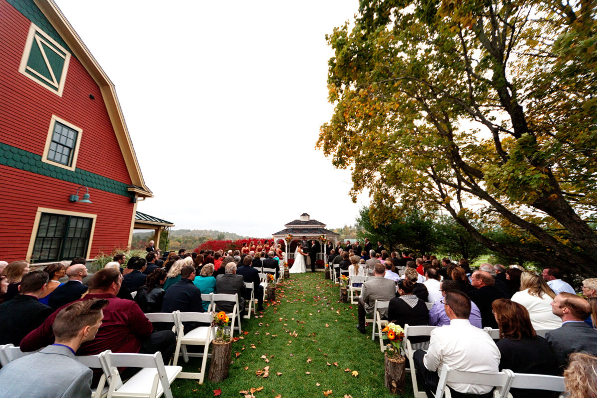Red Barn Outlook Farm Wedding LJ 215