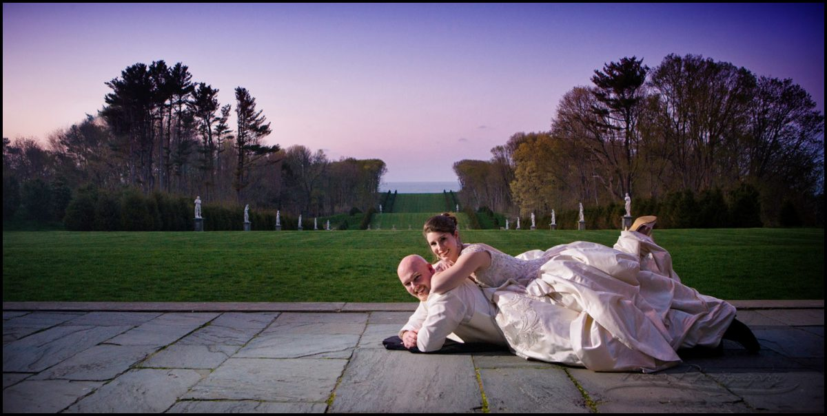 Bride and groom wedding pictures by Boston area wedding photographers Focus Photography
