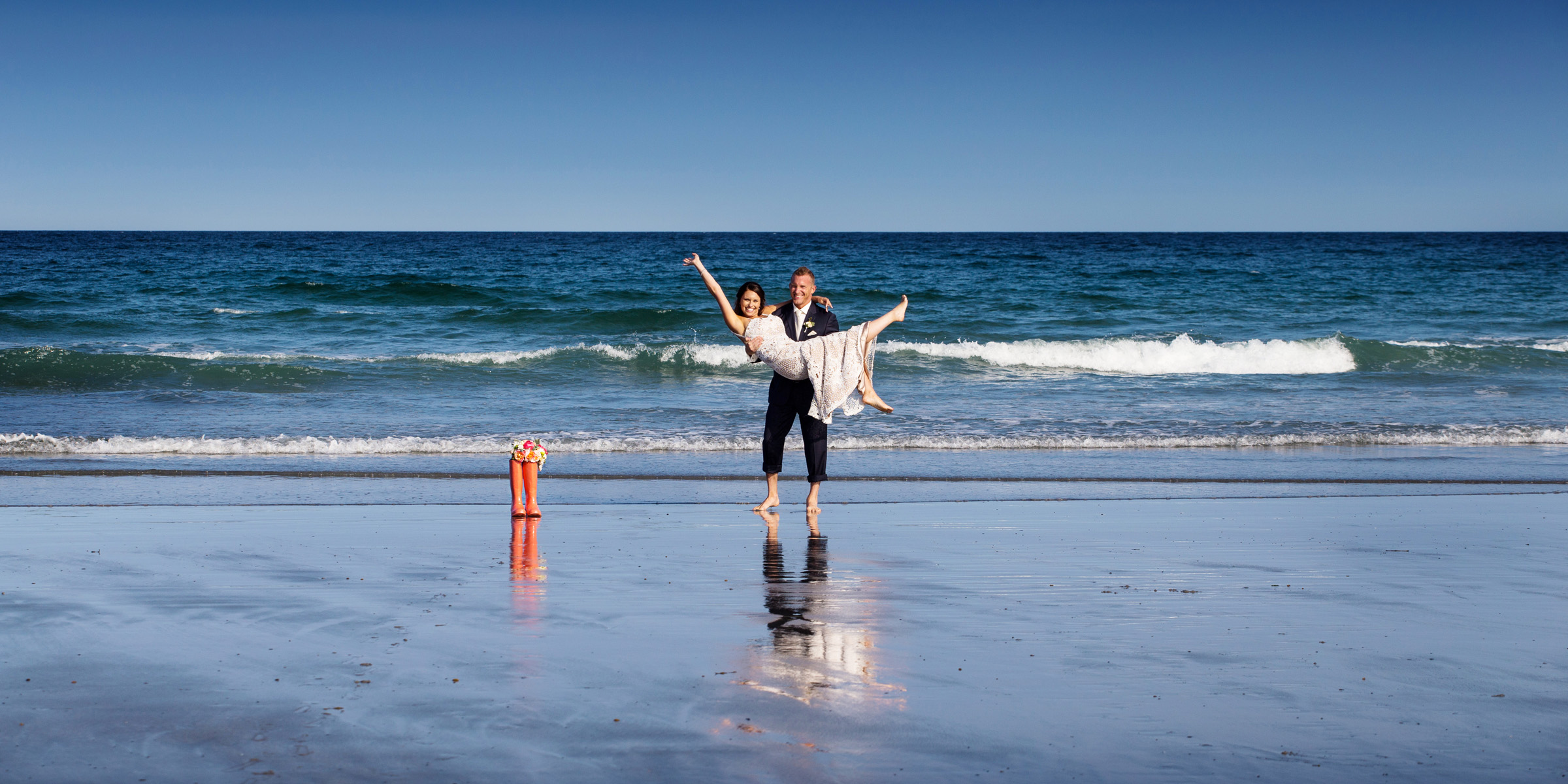 wedding couple at beach in york maine